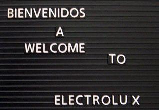Hit men inte längre. Fotografering var strängt förbjudet inne i Electrolux fabrik i Juárez i Mexico.